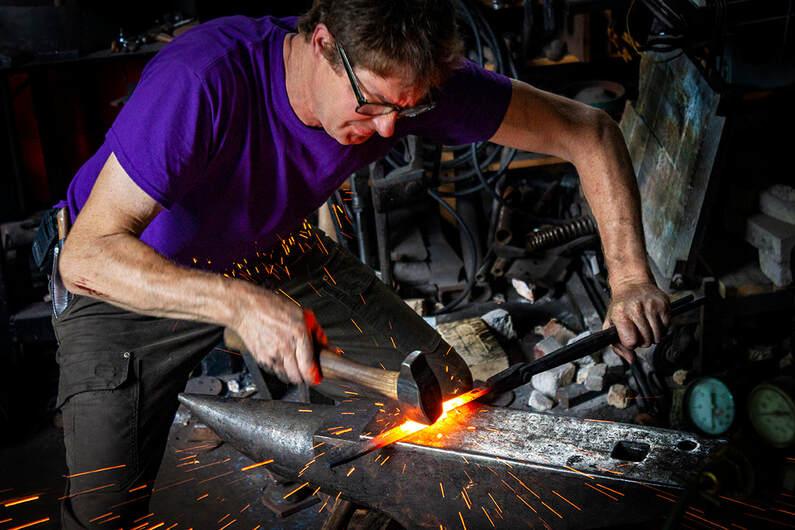 Del Martin blacksmith